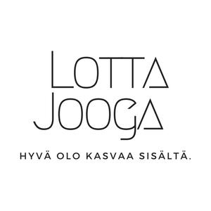 Joogaopettaja Lotta Leiwo